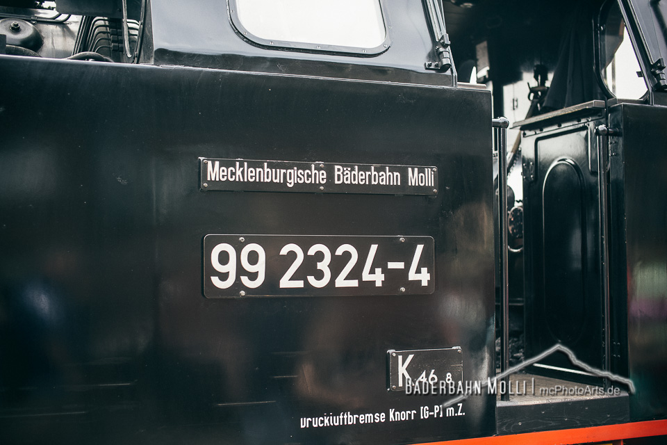 99 23424-4